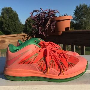 Nike Air Max Lebron X Low Men's Basketball Shoes